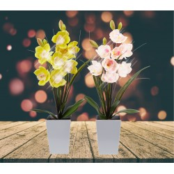 Lampe LED orchidée jaune dans grand pot